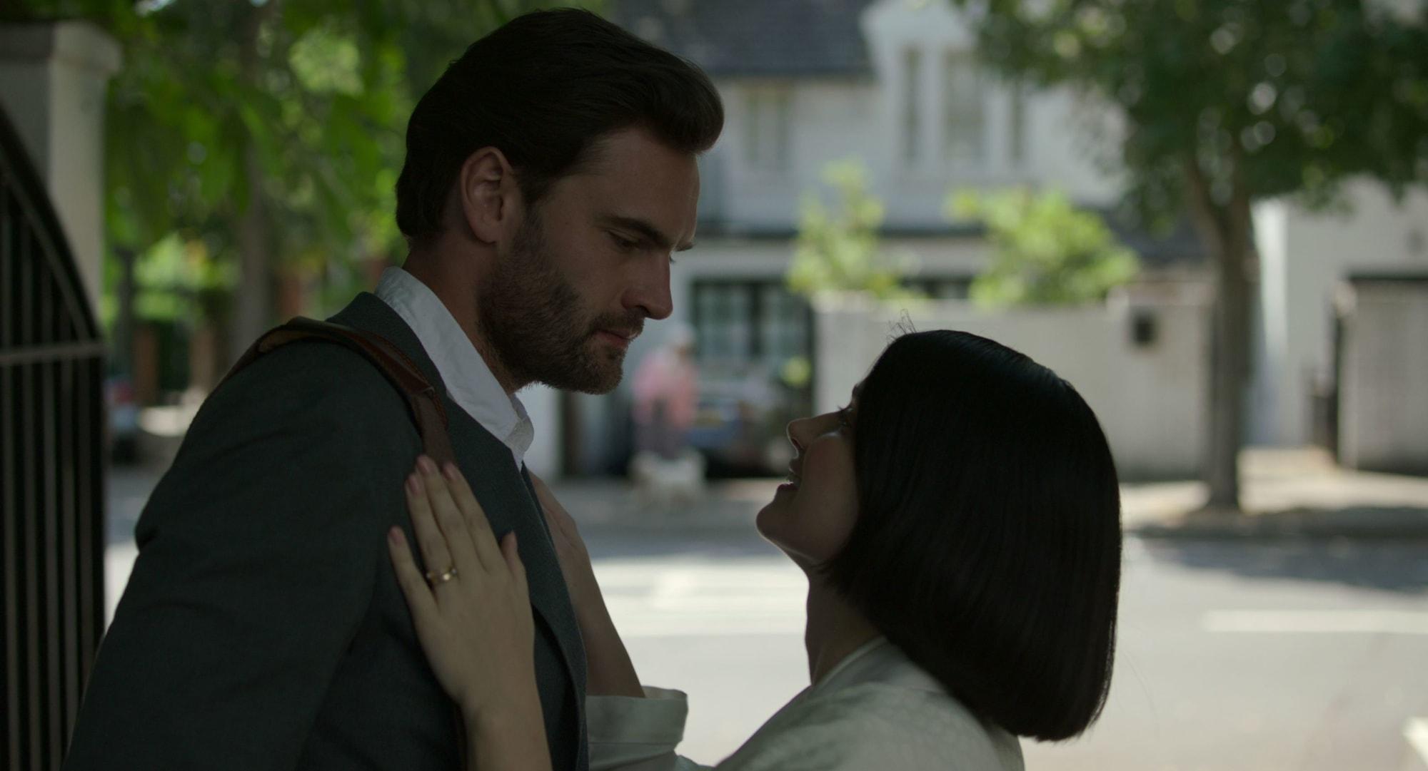 Behind Her Eyes season 1 ending and scope of season 2 ...