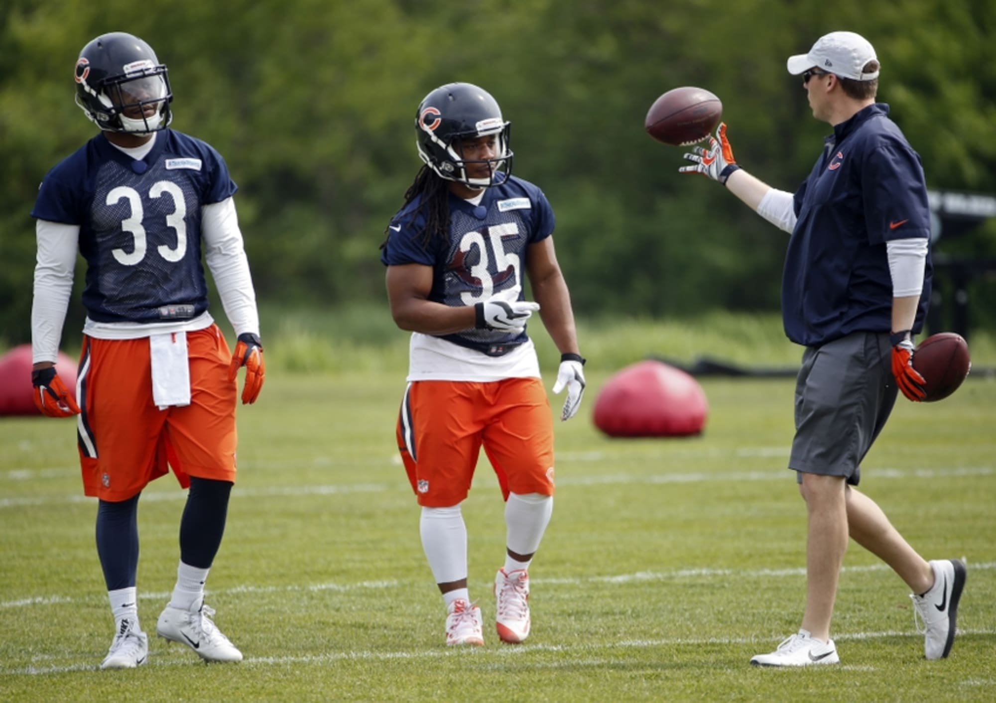 Chicago Bears: Debate Continues Over Fate of This Position