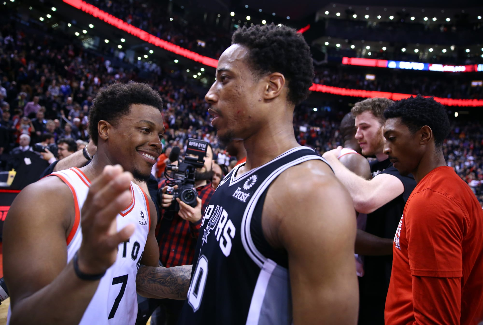 Raptors: 3 reasons why team should trade for DeMar DeRozan