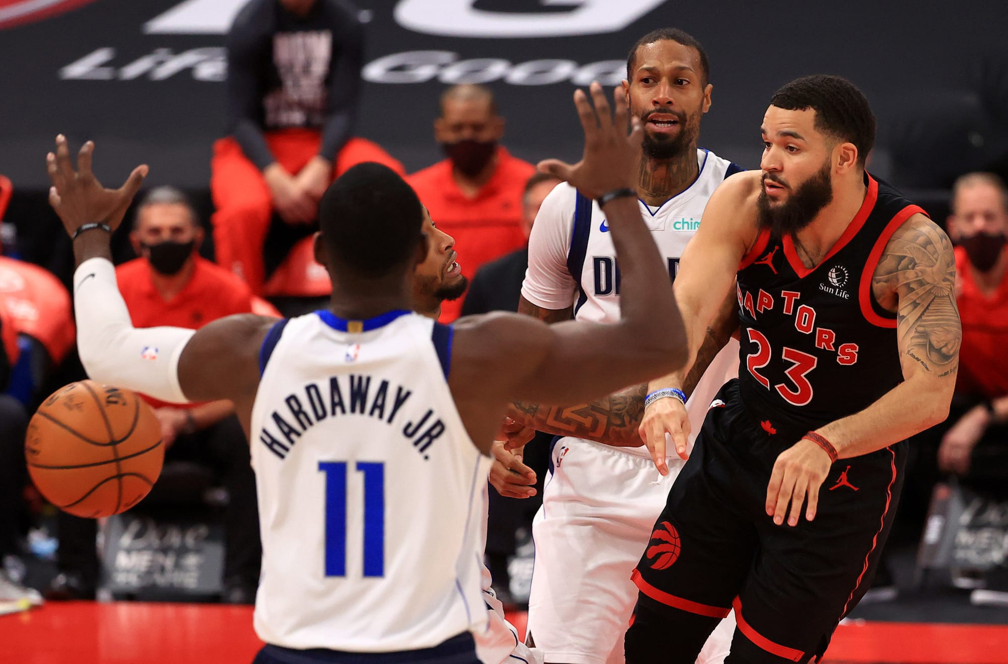 Toronto Raptors: 3 contenders who could give the Raptors assets in a trade