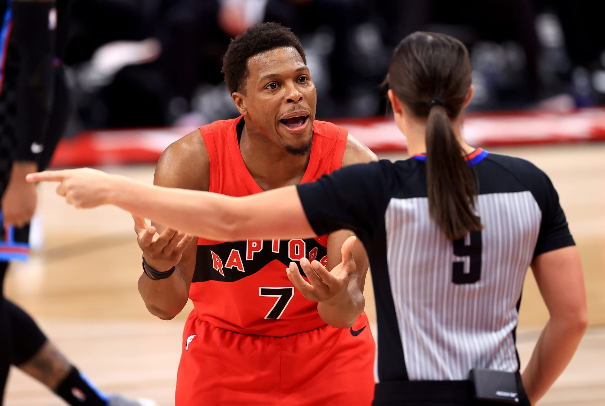 Raptors: Kyle Lowry tries to shut down trade rumors on Instagram