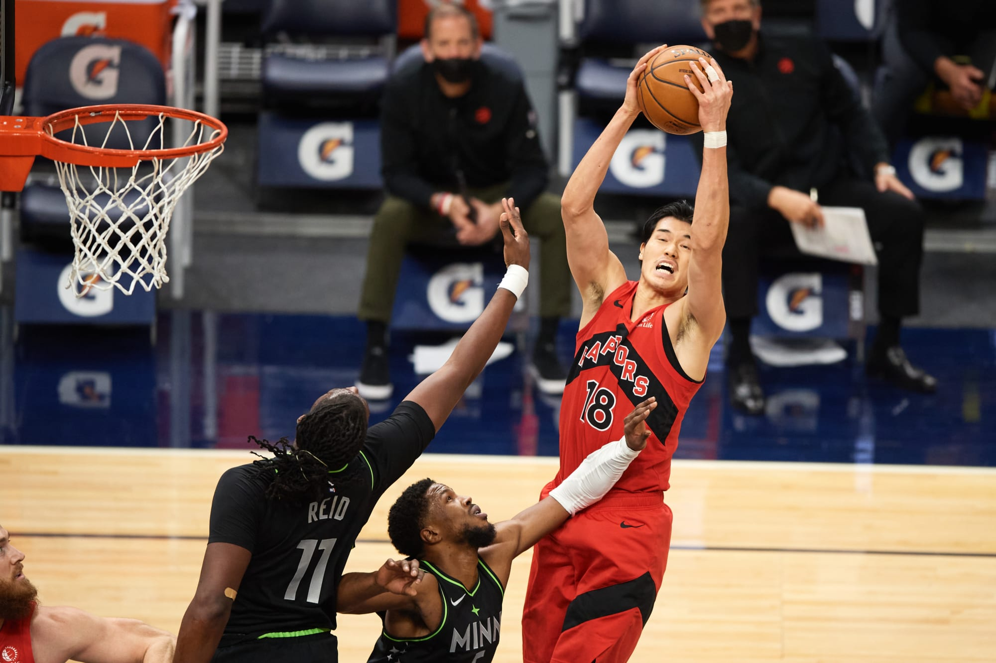 Raptors: 4 trades with tanking teams that could make Toronto a contender