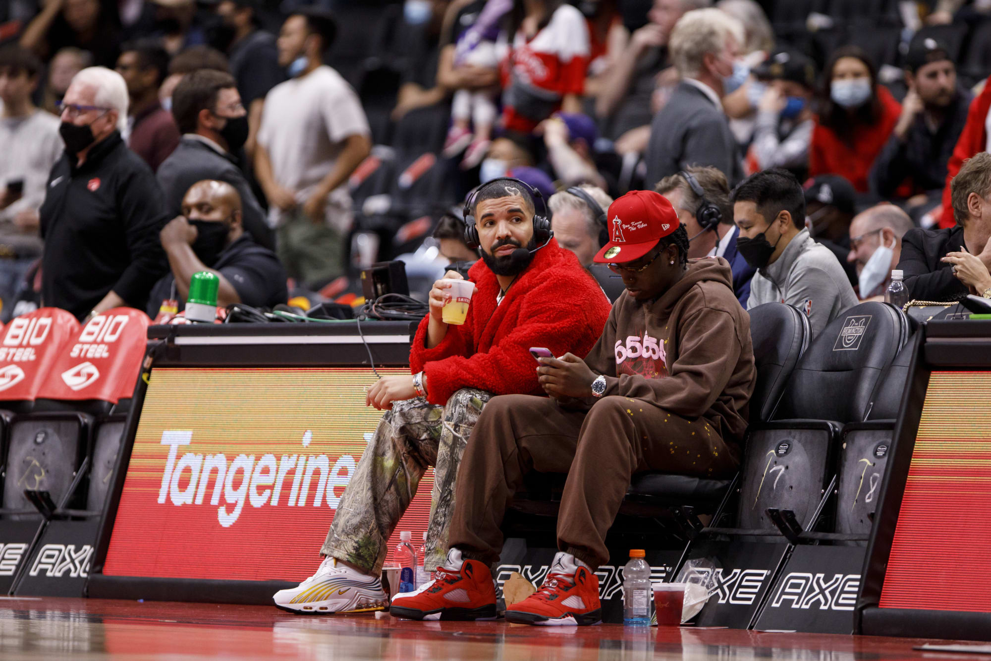 Raptors: Drake's preseason broadcasting was awesome, as expected