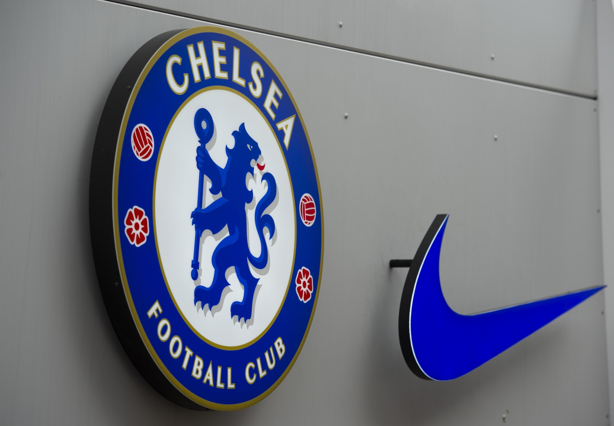 Stunning Chelsea 2022/23 home and away kits leaked