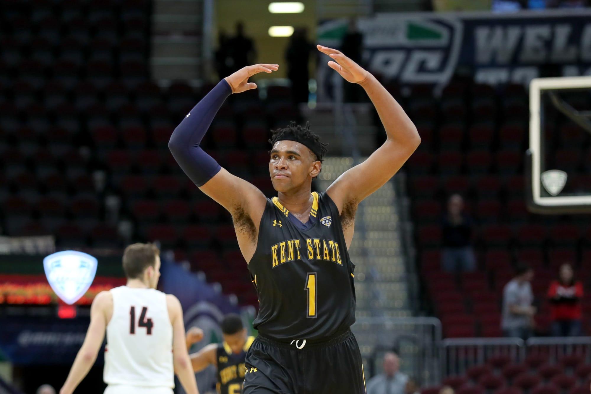 Illinois Basketball: Illini snag big man transfer Adonis De La Rosa