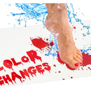 Bloody Bath Mat – Color Changing Sheet Turns Red When Wet