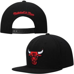 Chicago Bulls Mitchell & Ness Current Logo Solid Wool Adjustable Snapback Hat - Black