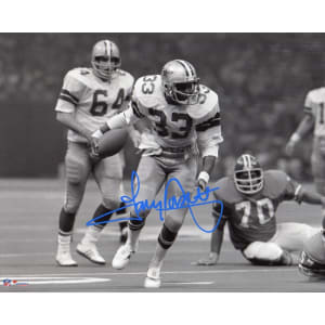 "Tony Dorsett Dallas Cowboys Fanatics Authentic Autographed 8"" x 10"" Running in Black and White Photograph"