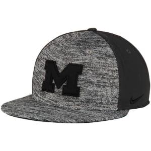 Michigan Wolverines Nike Flyknit True Snapback Adjustable Hat - Heathered Gray/Anthracite