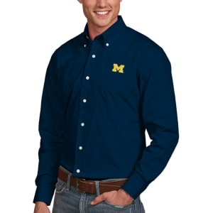 Michigan Wolverines Antigua Dynasty Woven Long Sleeve Button-Down Shirt - Navy