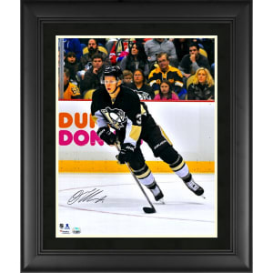 """Olli Maatta Pittsburgh Penguins Fanatics Authentic Framed Autographed 16"""" x 20"""" Skating With Puck Photograph"""