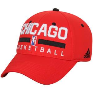 Chicago Bulls adidas Practice Flex Hat - Red