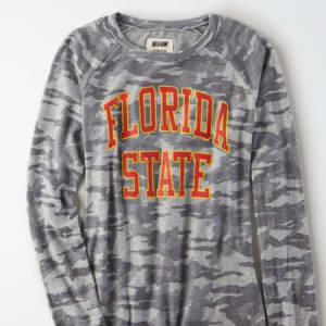 Tailgate Women's FSU Seminoles Plush Camo Shirt Camo Green S