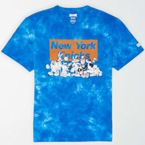 Tailgate Men's New York Knicks x Looney Tunes Tie-Dye T-Shirt Royal Blue L