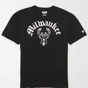 Tailgate Men's Milwaukee Bucks Reflective Graphic T-Shirt Bold Black XS