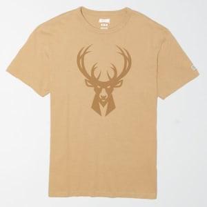 Tailgate Men's Milwaukee Bucks Tonal Graphic T-Shirt Field Khaki XS