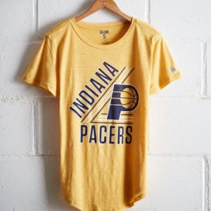 Tailgate Women's Indiana Pacers Graphic Tee Yellow M