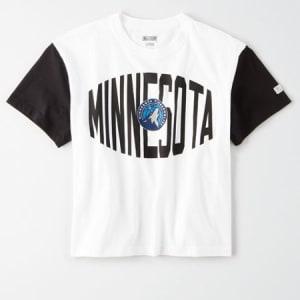 Tailgate Women's Minnesota Timberwolves Cropped T-Shirt White XS