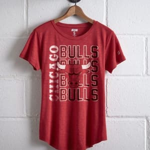 Tailgate Women's Bulls Repeating T-Shirt Red M