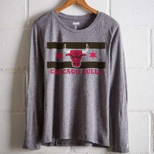 Tailgate Women's Chicago Bulls Long Sleeve T-Shirt Gray Heather L