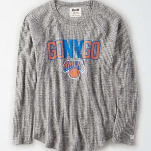 Tailgate Women's NY Knicks Waffle Shirt Light Heather Gray L