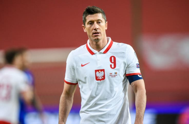 Bayern Munich: Robert Lewandowski injured on international duty