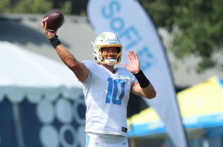 Nfl Power Rankings Where Do La Chargers Stack Up Before Week 1