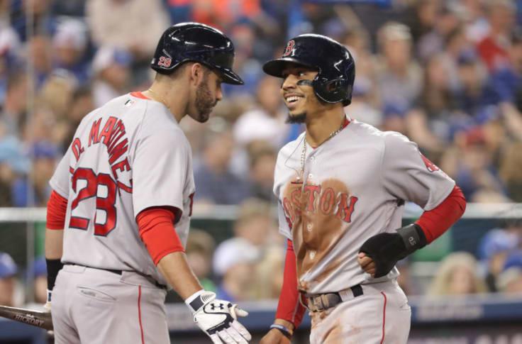 Red Sox Stars J D Martinez Mookie Betts Earn Silver Slugger Awards
