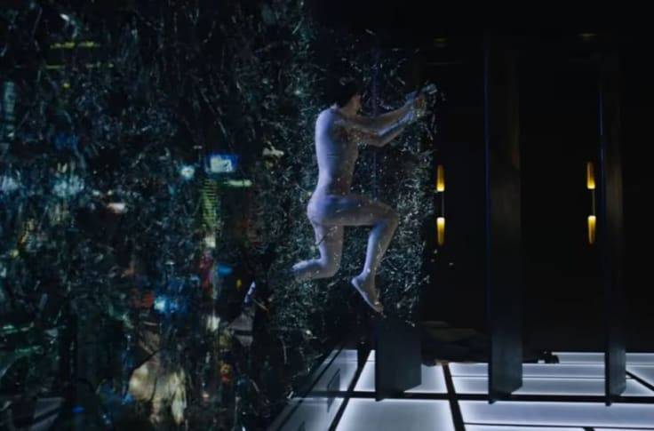 Ghost In The Shell Scarlett Johansson Wakes Up In A New Body