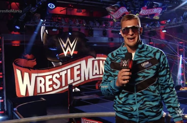 Current WWE 24/7 Champion Rob Gronkowski Returning To NFL? 1