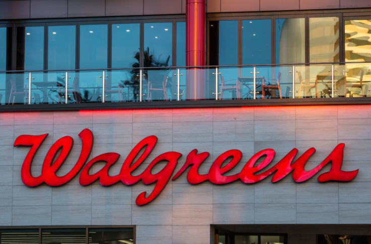 Walgreens Christmas Eve Hours 2020 New Year's store hours 2020: Is Walgreens open?
