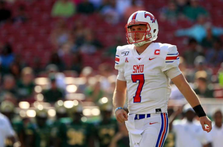 Texas Football Former Longhorn Shane Buechele Raises Money For Covid 19 Relief