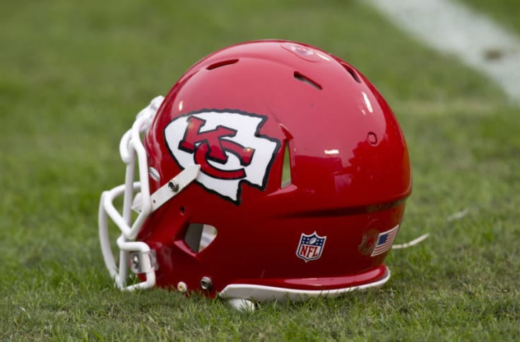 Three Kc Chiefs Who Are Surprisingly Still On The Roster In 2020