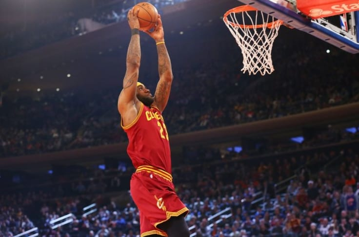 """Cleveland Cavaliers: LeBron James is The """"Dunk King"""""""