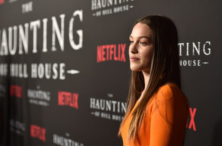 You Season 2 Adds Haunting Of Hill House S Victoria Pedretti