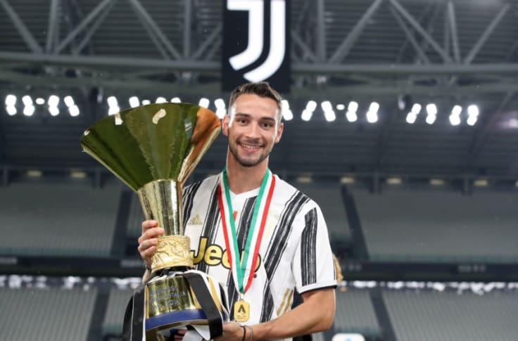 Mattia De Sciglio or Luca Pellegrini — who should leave Juventus?
