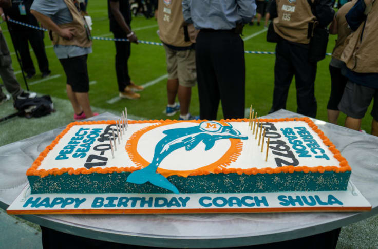 Superb Miami Dolphins Shopped But Now They Have To Make The Cake Funny Birthday Cards Online Alyptdamsfinfo
