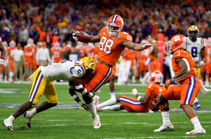 Clemson Football Tigers Tight End Thanks Ncaa For Eligibility