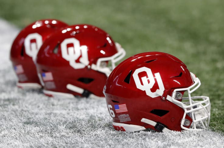 Oklahoma Football Sooners Pick Up Another 2021 Db Commitment