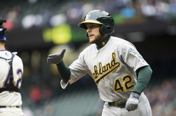 Dodgers Should Look at Jed Lowrie if They Want to Make a Move