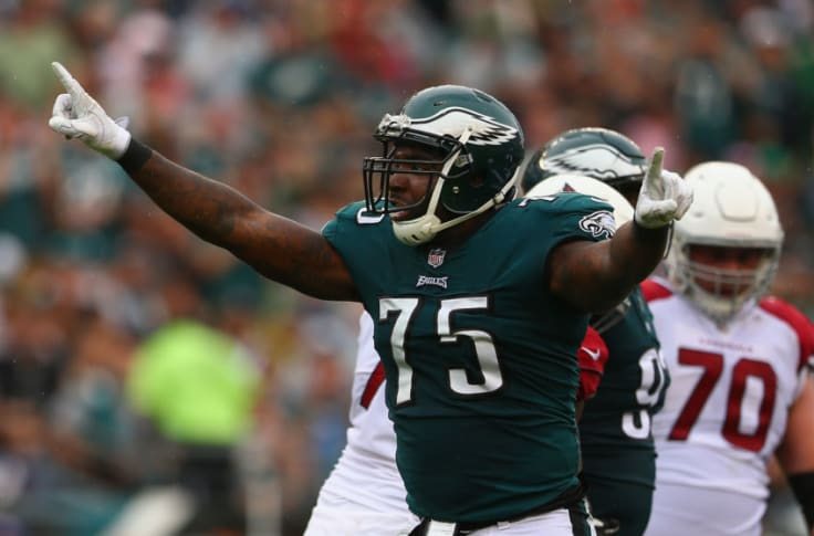 Philadelphia Eagles officially bring Vinny Curry back
