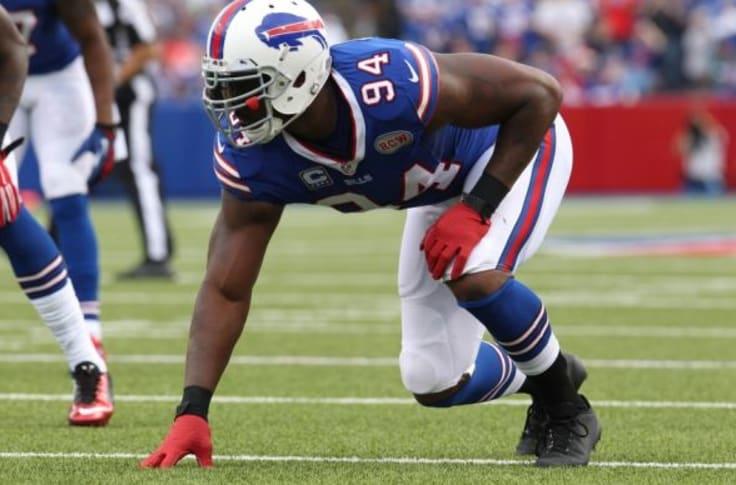 Buffalo Bills make smart decision releasing Mario Williams