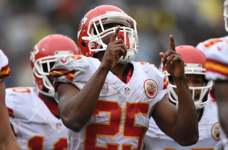 Denver Broncos: Unleash Jamaal Charles Soon