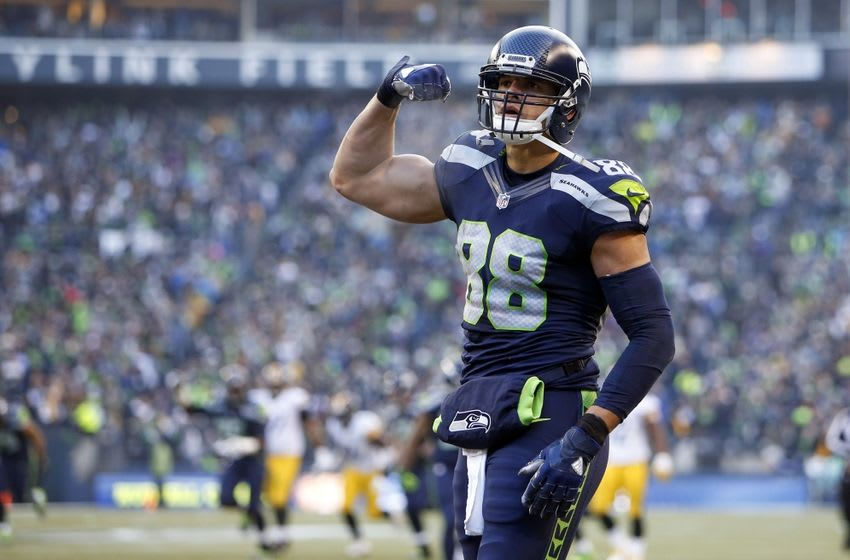Nov 29, 2015; Seattle, WA, USA; Seattle Seahawks tight end Jimmy Graham (88) celebrates after a third quarter reception against the Pittsburgh Steelers at CenturyLink Field. Seattle defeated Pittsburgh, 39-30. Mandatory Credit: Joe Nicholson-USA TODAY Sports