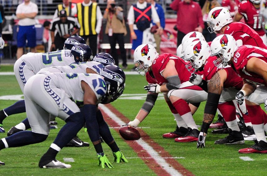 Jan 3, 2016; Glendale, AZ, USA; The Arizona Cardinals offense line up against the Seattle Seahawks defense during the first half at University of Phoenix Stadium. Mandatory Credit: Matt Kartozian-USA TODAY Sports