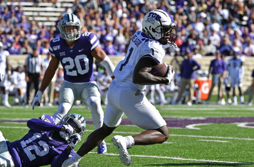 MANHATTAN, KS - OCTOBER 19: Wide receiver Jalen Reagor #1 of the TCU Horned Frogs turns up field against defensive back AJ Parker #12 of the Kansas State Wildcats during the first half at Bill Snyder Family Football Stadium on October 19, 2019 in Manhattan, Kansas. (Photo by Peter G. Aiken/Getty Images)
