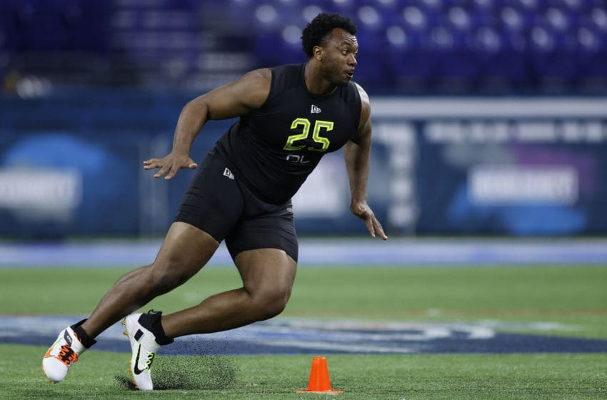 INDIANAPOLIS, IN - FEBRUARY 28: Offensive lineman Austin Jackson of USC runs a drill during the NFL Combine at Lucas Oil Stadium on February 28, 2020 in Indianapolis, Indiana. (Photo by Joe Robbins/Getty Images)