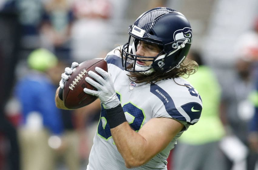 GLENDALE, ARIZONA - SEPTEMBER 29: Tight end Luke Willson #82 of the Seattle Seahawks. (Photo by Ralph Freso/Getty Images)