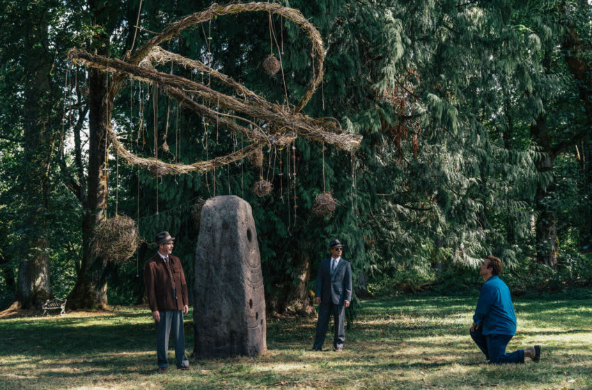 "L-R: Aidan Gillen as Dr. J. Allen Hynek and Michael Malarkey as Captain Michael Quinn in HISTORY's ""Project Blue Book."""