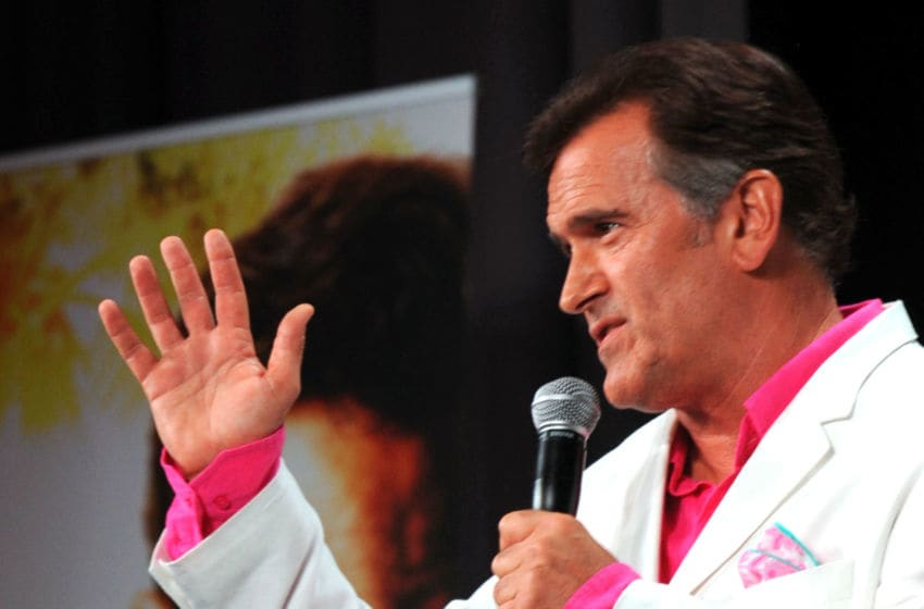 SAN DIEGO, CA - JULY 21: Actor Bruce Campbell speaks at the